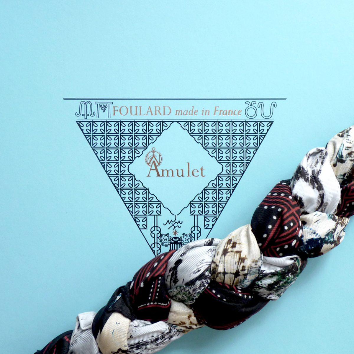 tresser-sa-voie-âmulet-colliers-de-soie-amuletfoulard-box-trend-astuces-style