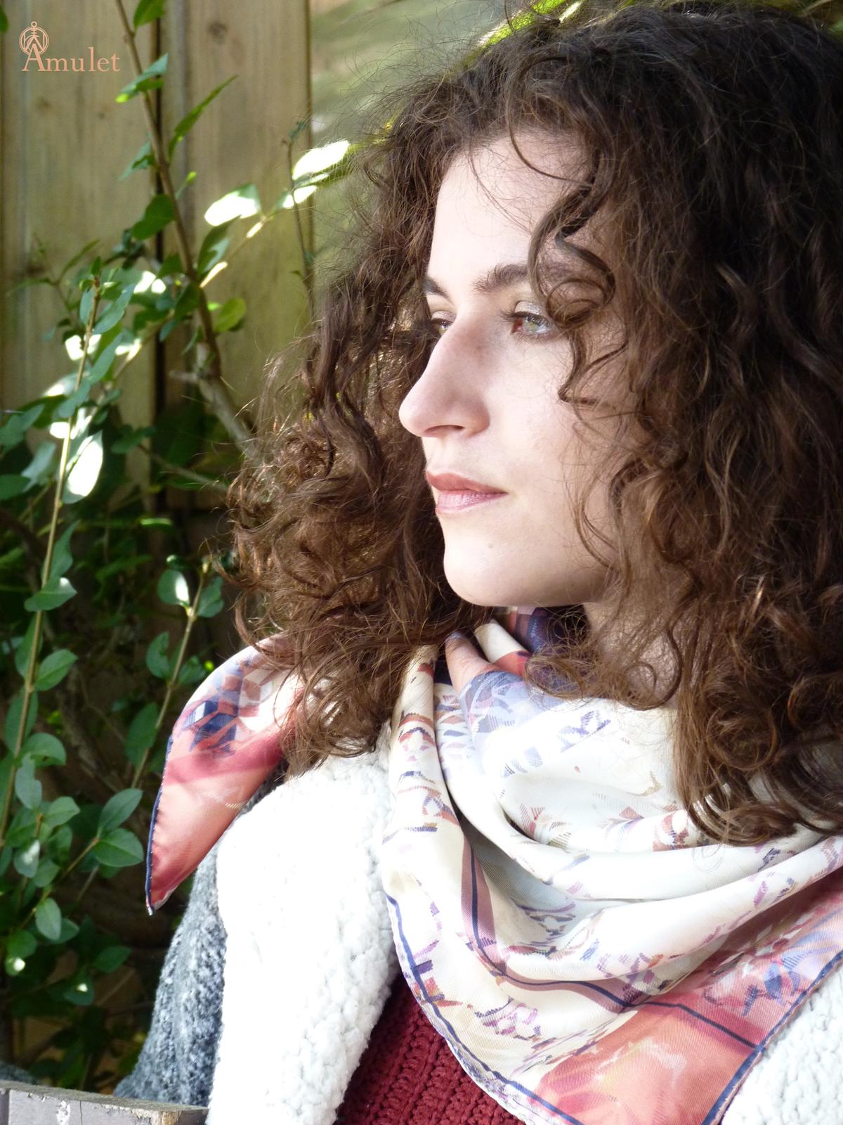 amuletfoulard-carre-cluaran-apaisant-soothing-2021-silkscarf-scarflovers-fashion-style